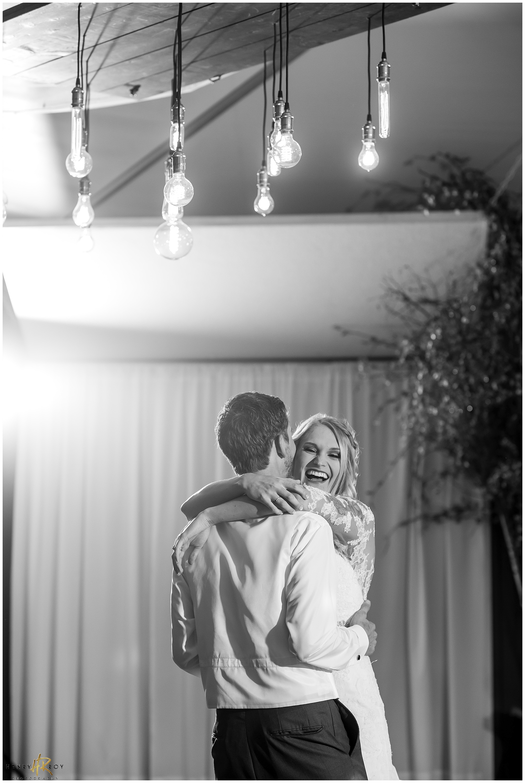 WEDDING PHOTOGRAPHER0046.jpg
